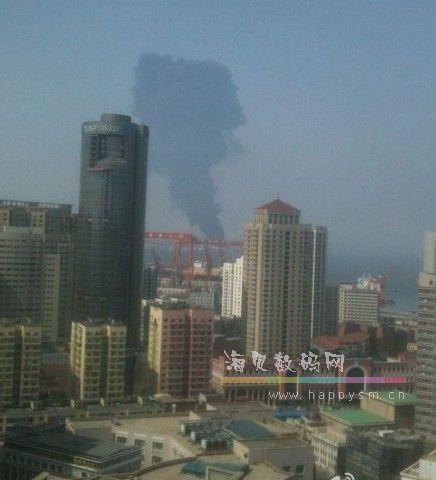 今日 大连湾石油厂突发爆炸